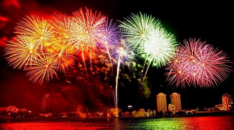 Ngây ngất trước những ngọn lửa trời tại lễ hội pháo hoa quốc tế Đà Nẵng