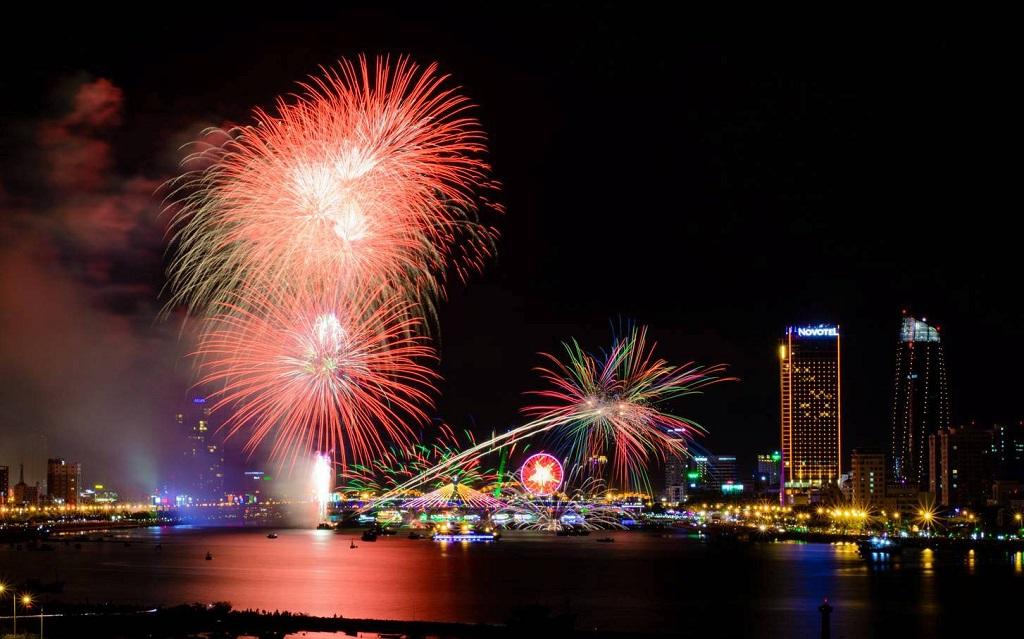 Cuộc thi pháo hoa Đà Nẵng với những màn lửa trời rực rỡ